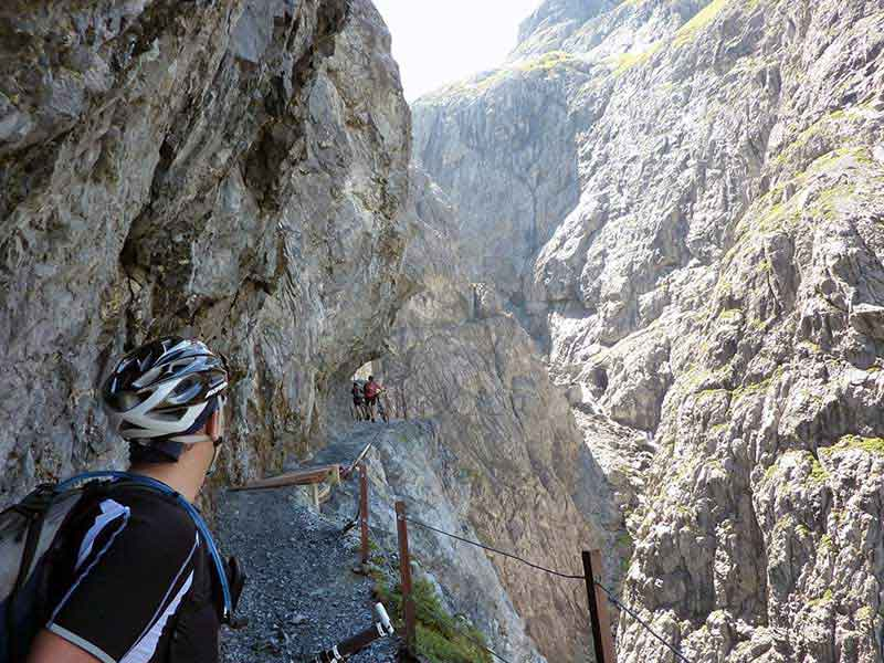 MTB 2-Level AlpenCross Classico Garmisch - Riva